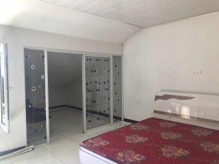 2室1厅1卫900元/月80m²出租